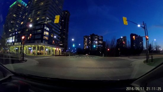 XiaoYi Yi - Driving in Mississauga Downtown Dark Screenshot
